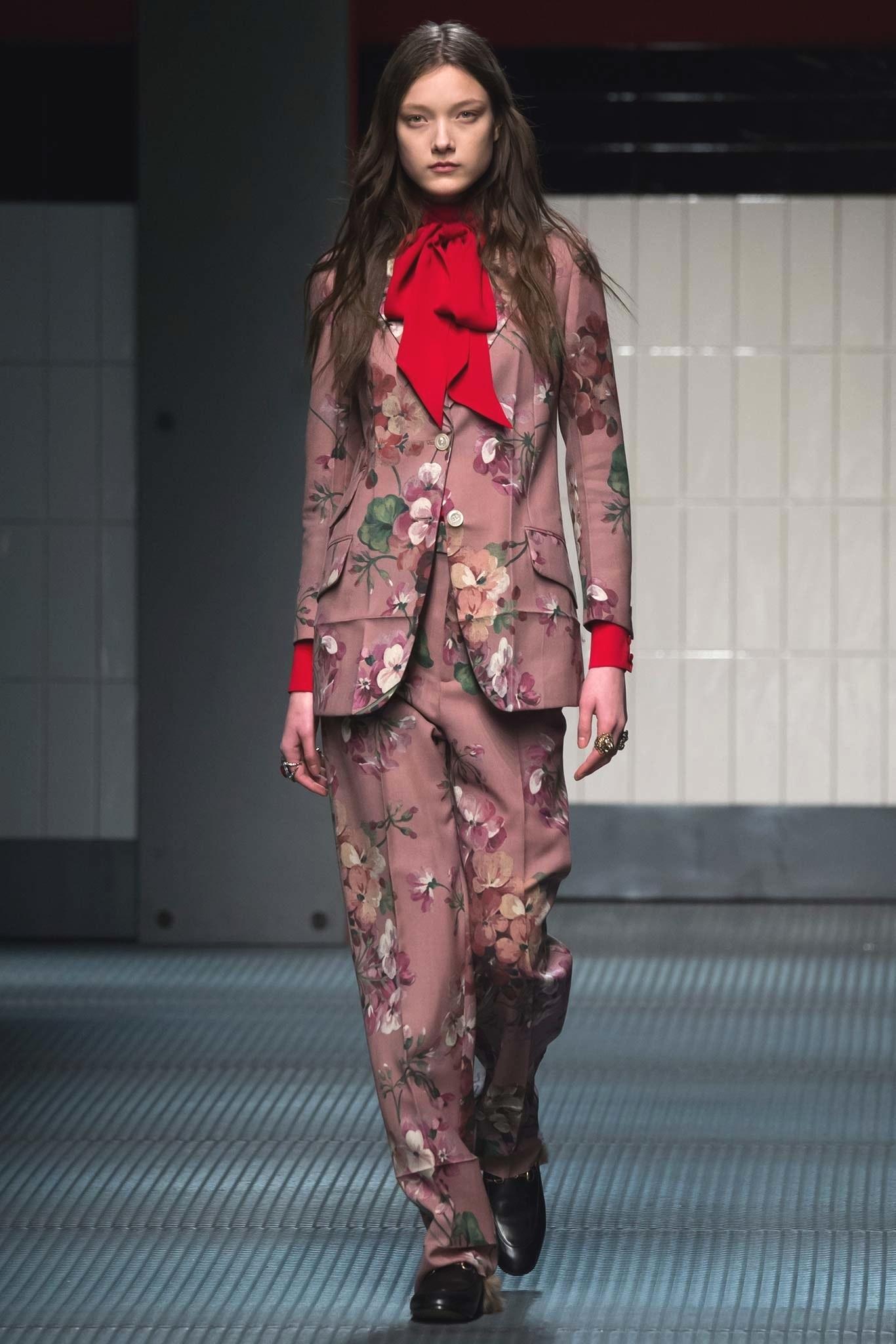 Дебютная коллекция Алессандро Микеле Gucci Fall/Winter 2015