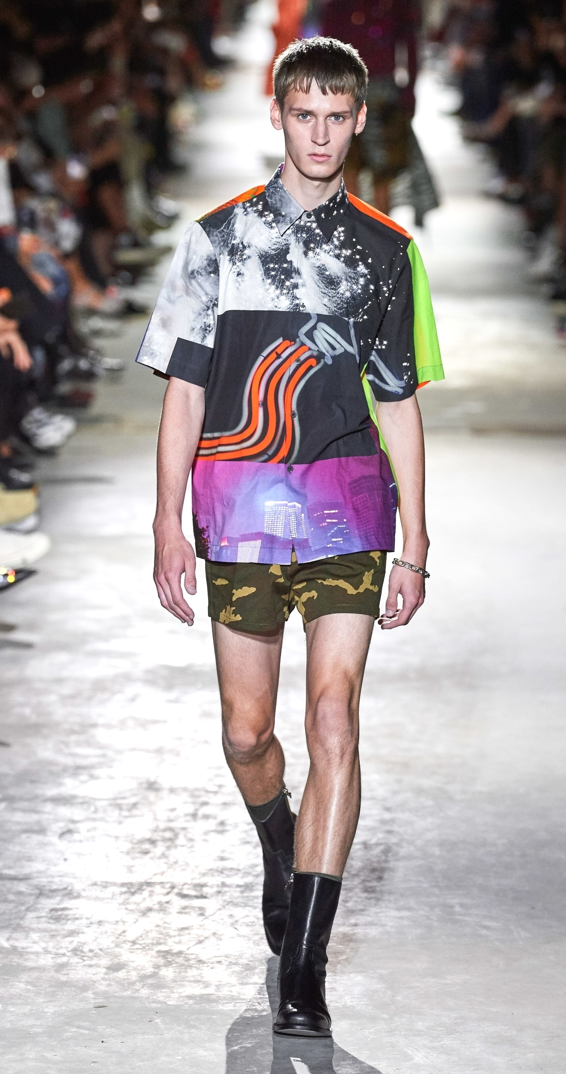 Образ из коллекции Dries Van Noten Spring/Summer 2020 Menswear