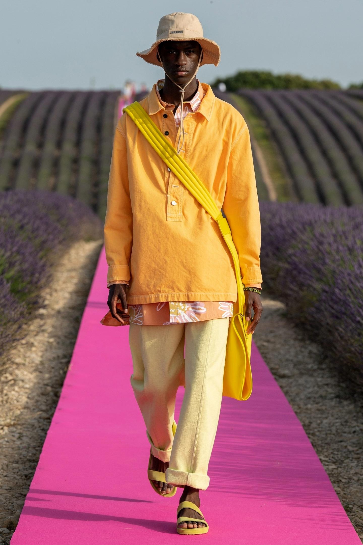 Образ из коллекции Jacquemus Spring/Summer 2020 Menswear