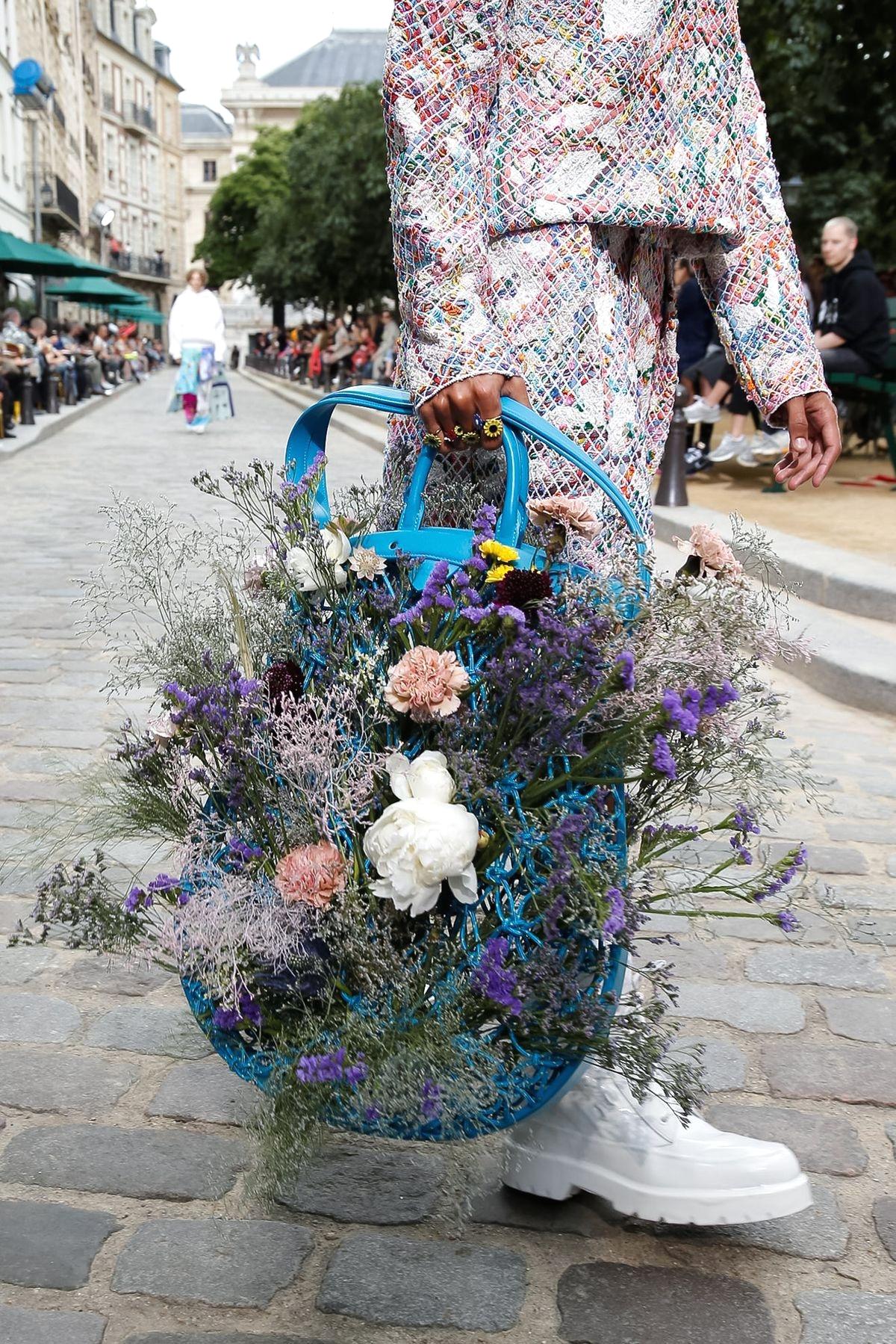 Сумка из коллекции Louis Vuitton Spring/Summer 2020 Menswear