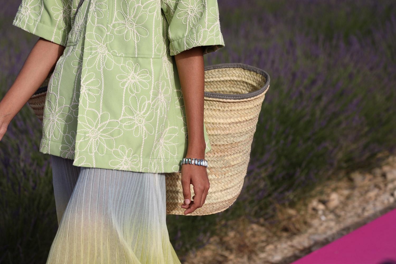 Браслет с кристаллами Swarovski из коллекции Jacquemus Spring/Summer 2020 Menswear