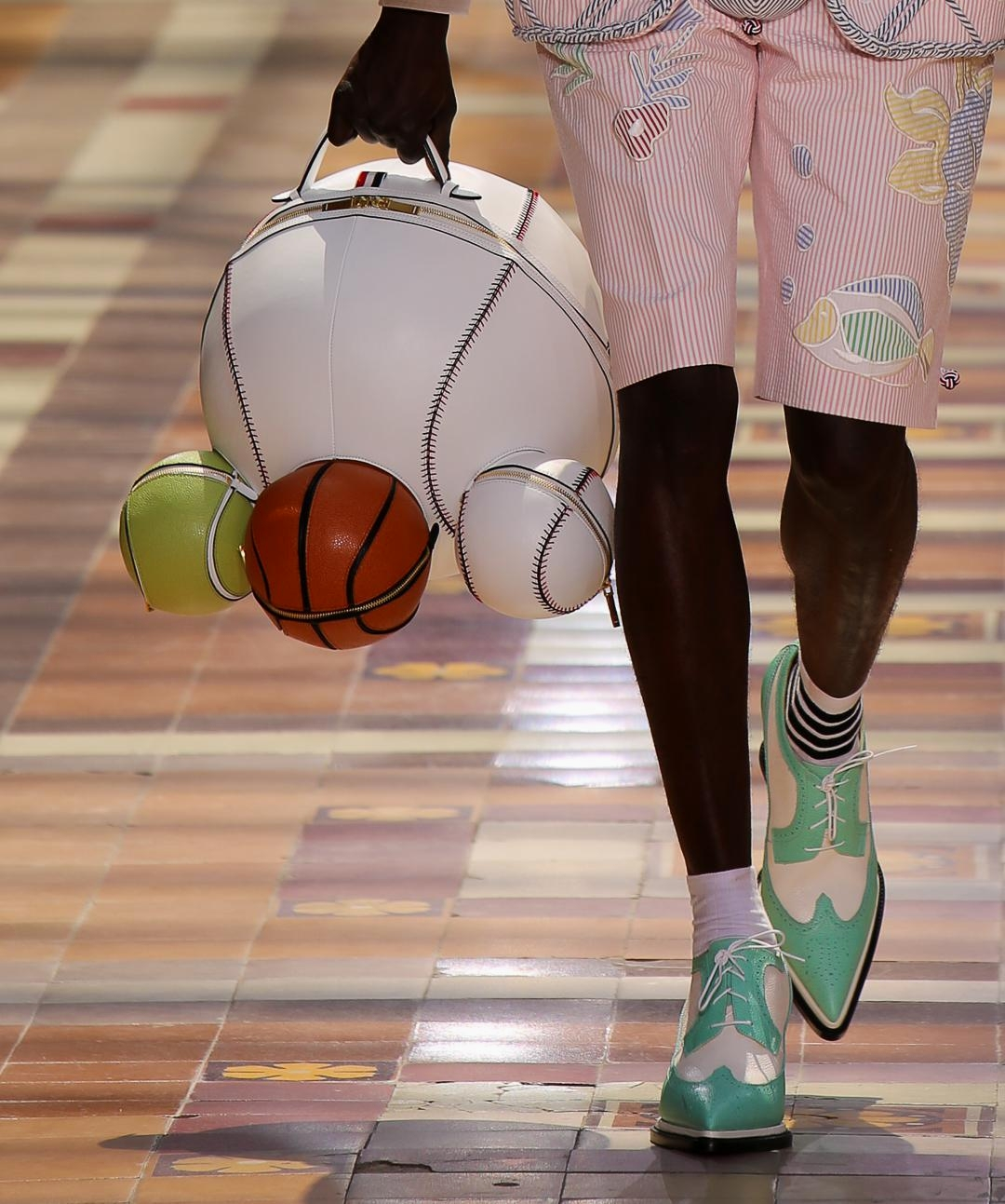Сумка из коллекции Thom Browne Spring/Summer 2020 Menswear
