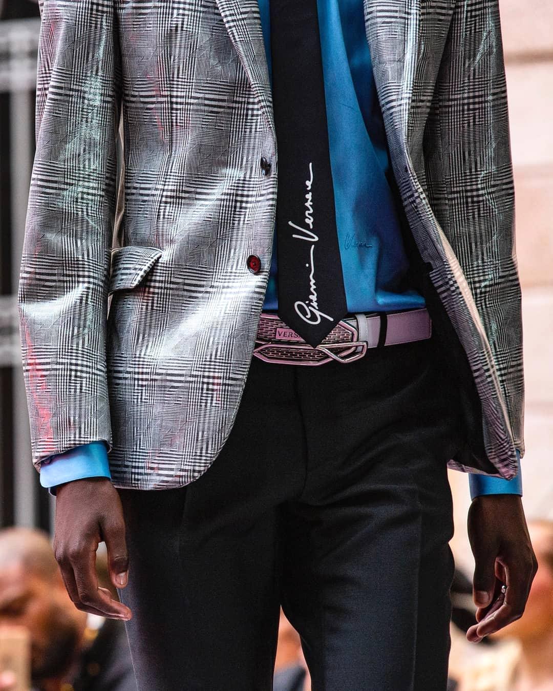 Донателла Версаче представила коллекцию Versace Spring/Summer 2020 Menswear
