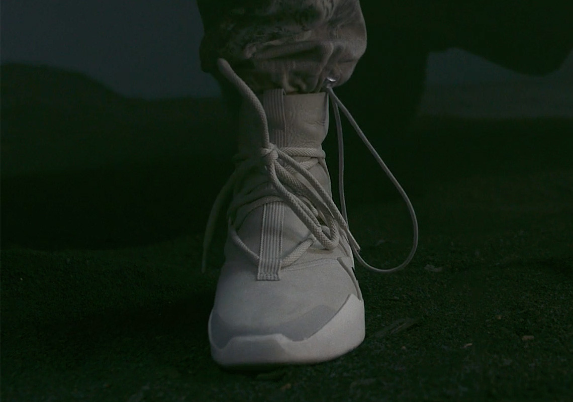 Коллекция Nike x fear of God