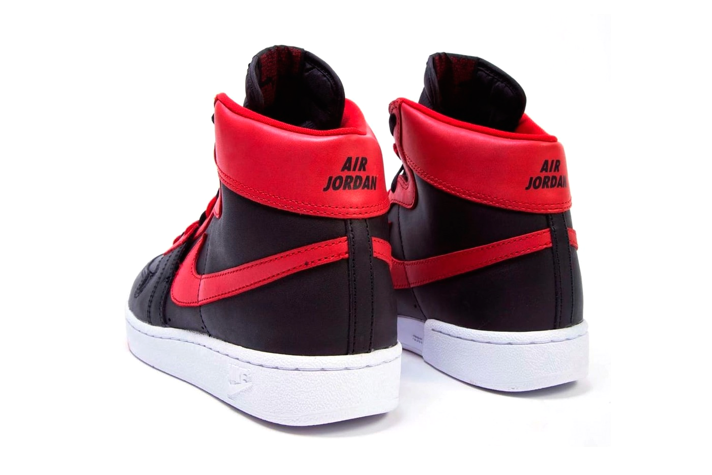 Nike Air Ship Pro «Banned»