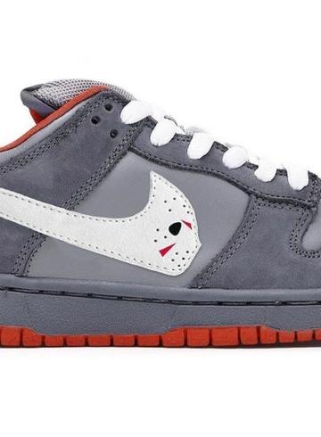 Nike обвинил Уоррена Лотаса в плагиате SB Dunk