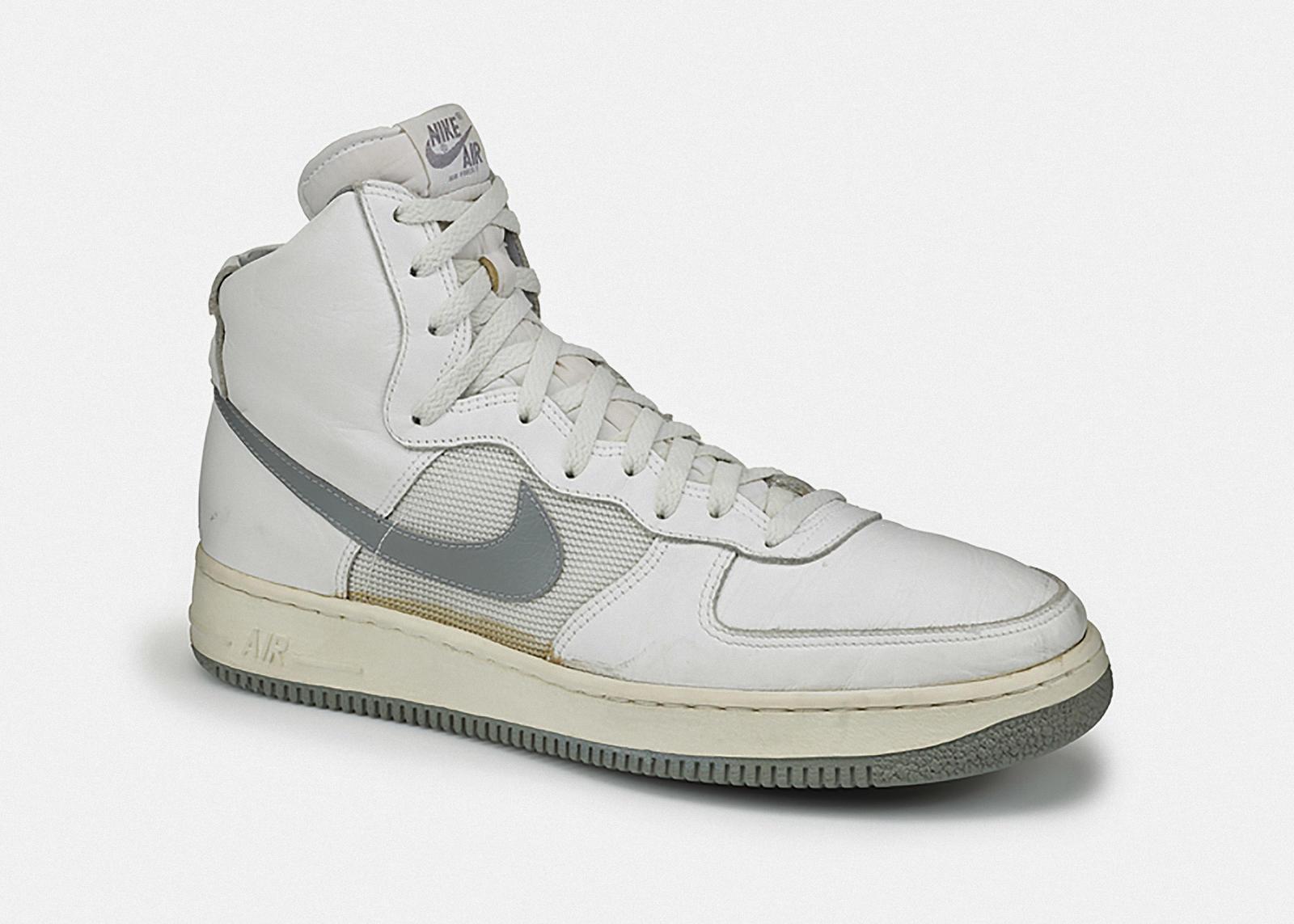 История Nike Air Force 1 первая модель 1982 года