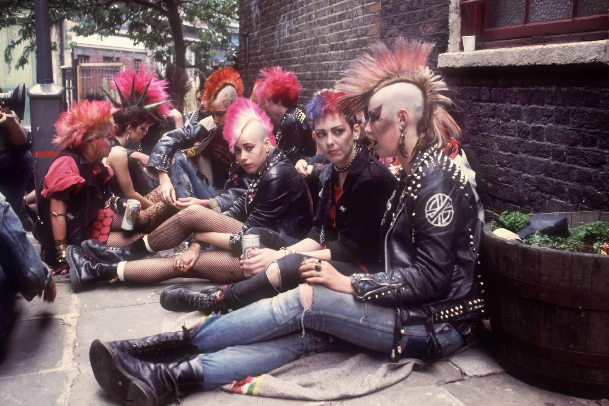 Панки в Dr. Martens, 1983 г.