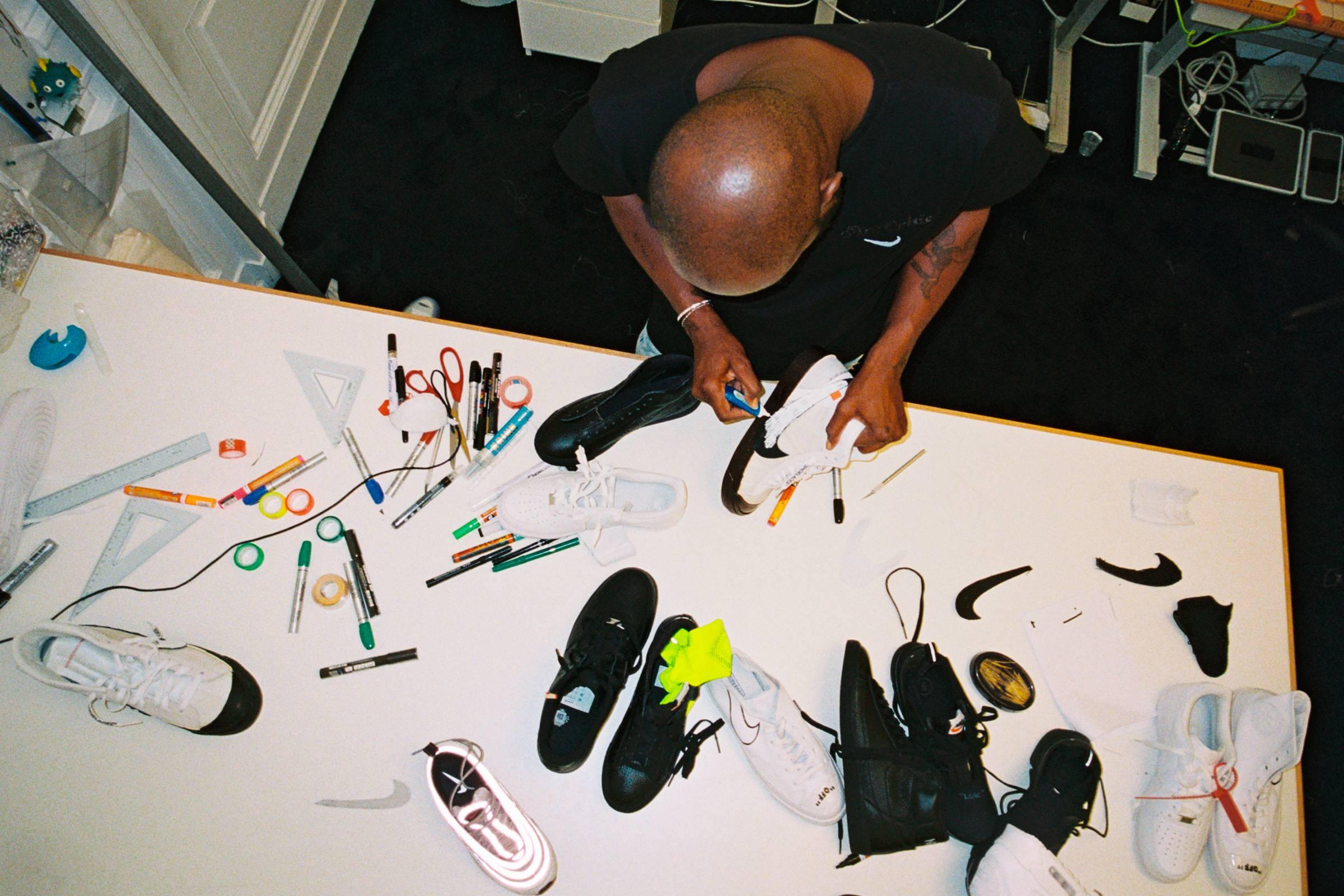 Абло в работе над концептами «The Ten»