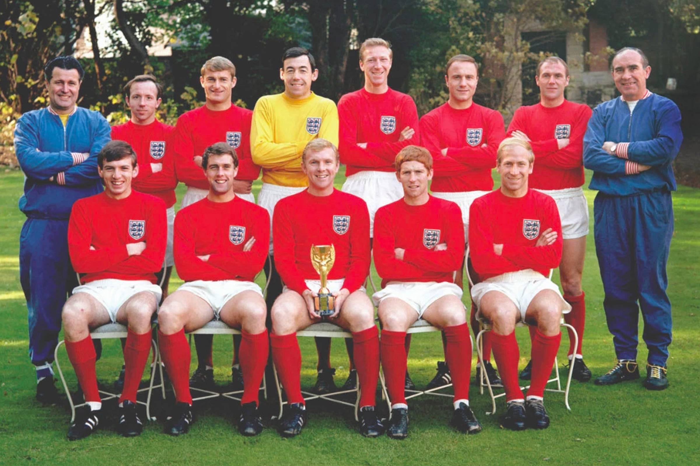 Выездная форма сборной Англии 1966 года