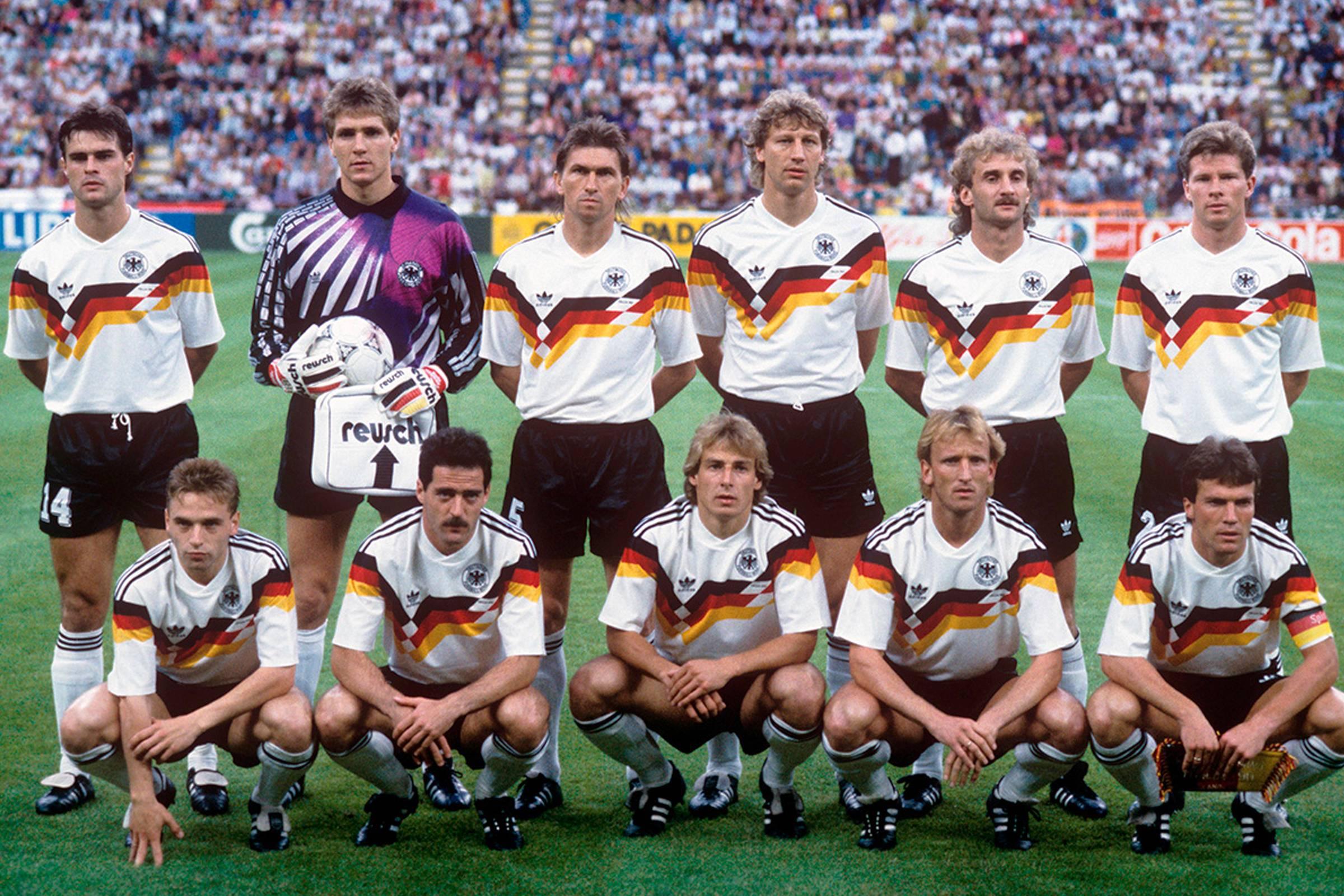 Домашняя форма ФРГ германии 1990 года