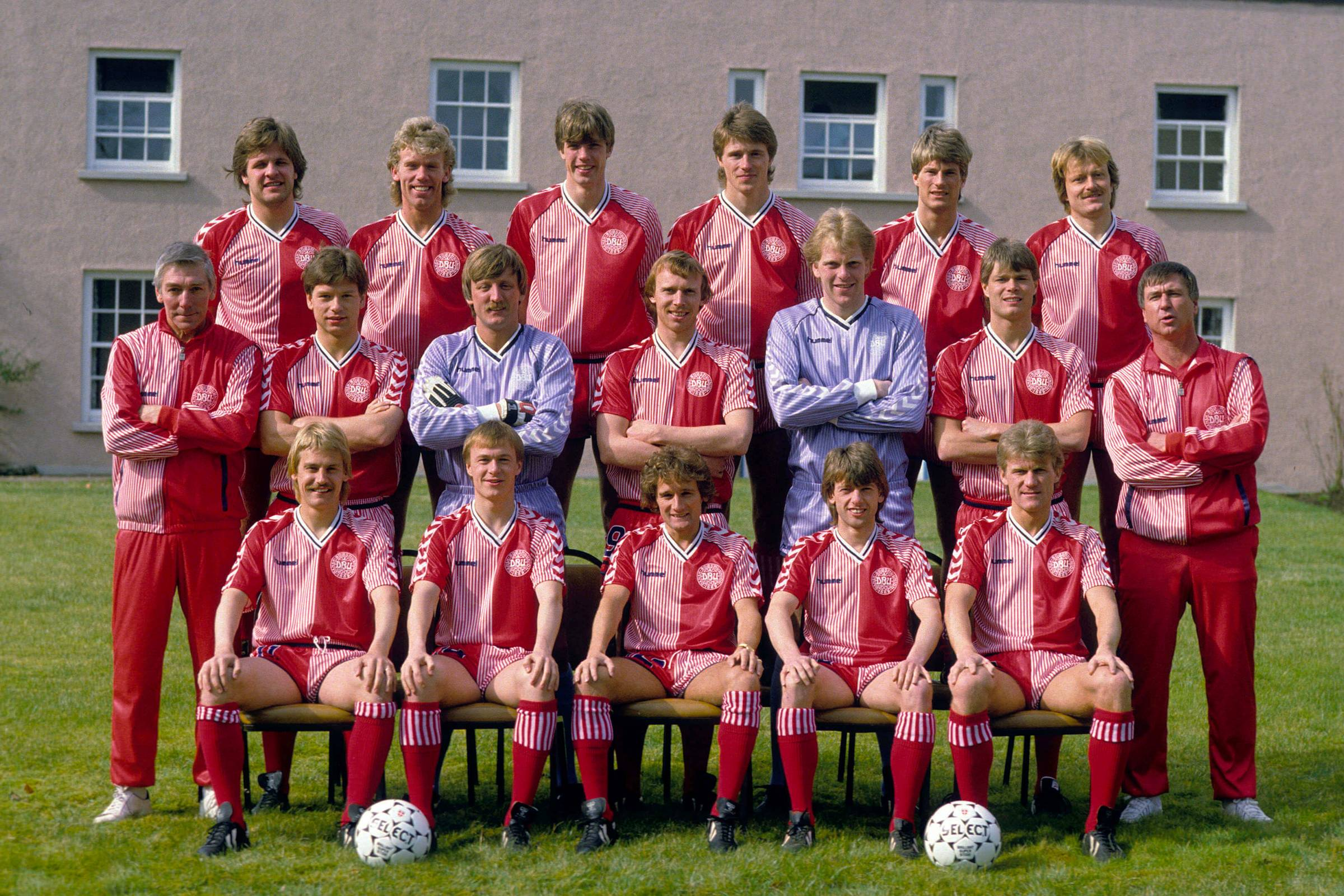 Домашняя форма сборной Дании 1986 года