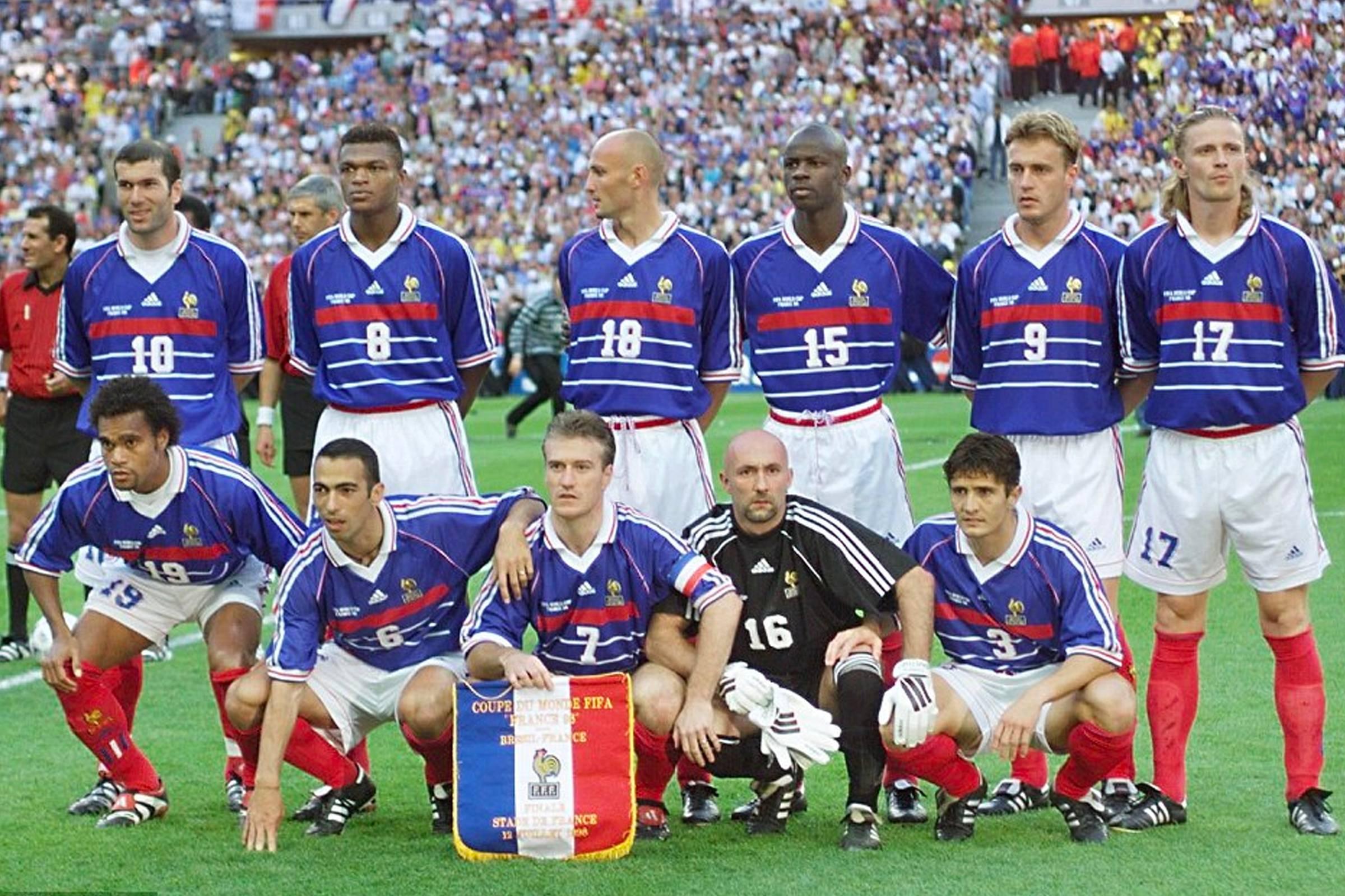 Домашняя форма сборной Франции 1998 года