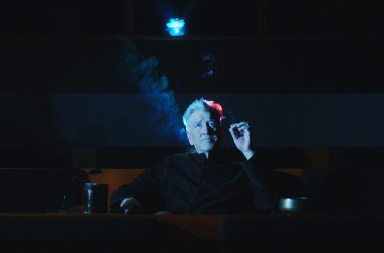 Стелла Маккартни сняла фильм «Curtains Up» о трансцендентальной медитации
