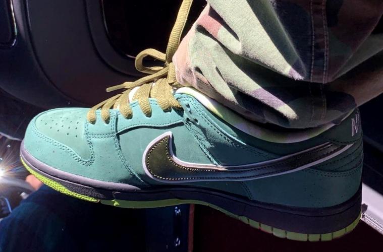 Первый взгляд на пару Concepts x Nike SB Dunk Low «Green Lobster»