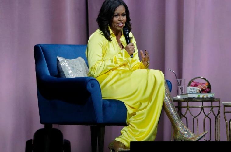 Мишель Обама в образе от Balenciaga