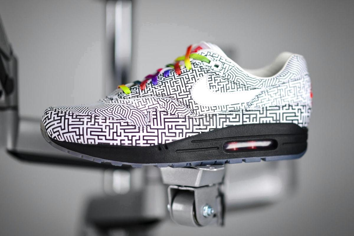 Nike «On Air» Air Max 1 «Tokyo Maze»