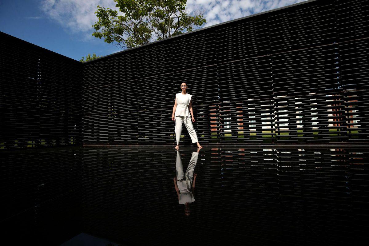 Фрида Эскобедо в павильоне «Серпентайн», 2018 год.