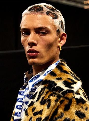 Versace Fall/Winter 2019 Menswear - обзор коллекции