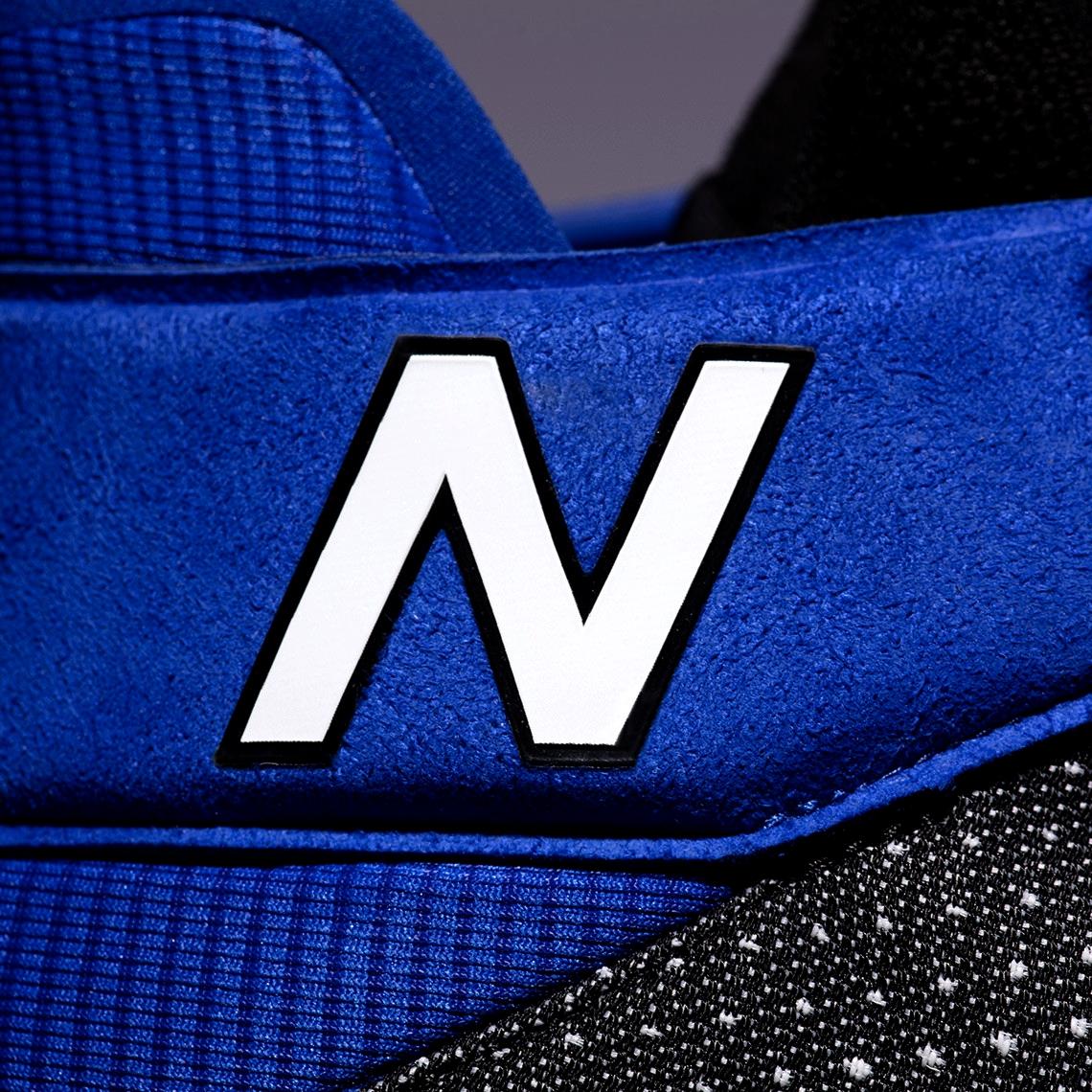 New Balance OMN1S «Black Ice»