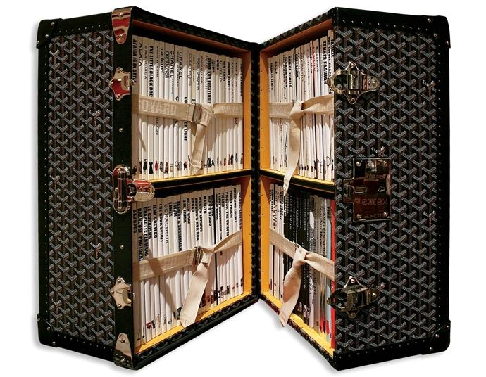 Изготовленный на заказ чемодан Goyard для издательского дома ASSOULINE. В каждом сундуке находится 100 подписных меморандумов ASSOULINE