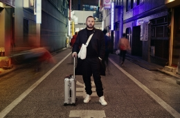 RIMOWA представил новую главу рекламной кампании «Never Still»