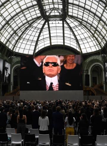 Карл Лагерфельд - в Гран-Пале прошел вечер памяти дизайнера