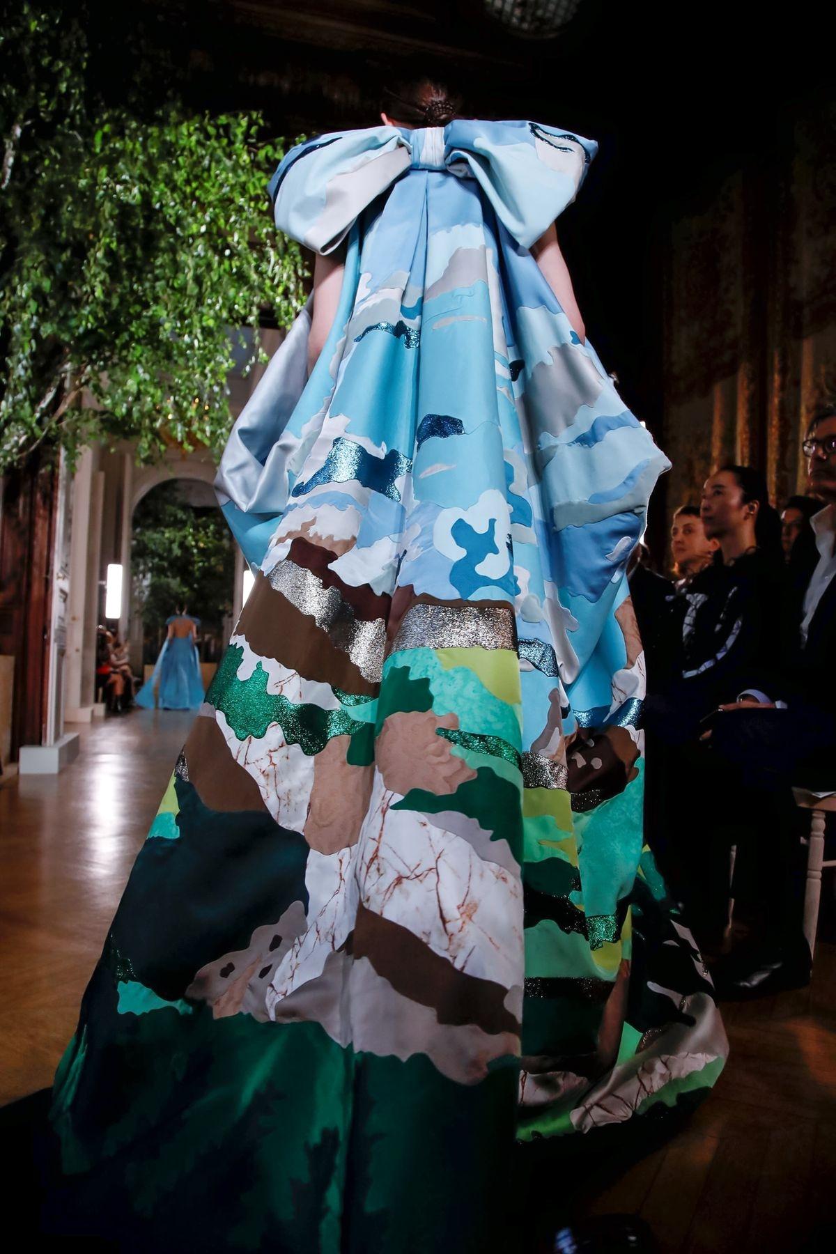 Valentino Fall/Winter 2019 Couture