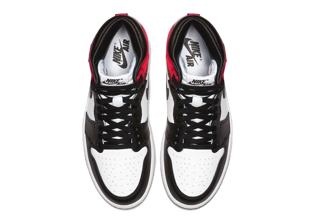 Air Jordan 1 «Satin Black Toe»