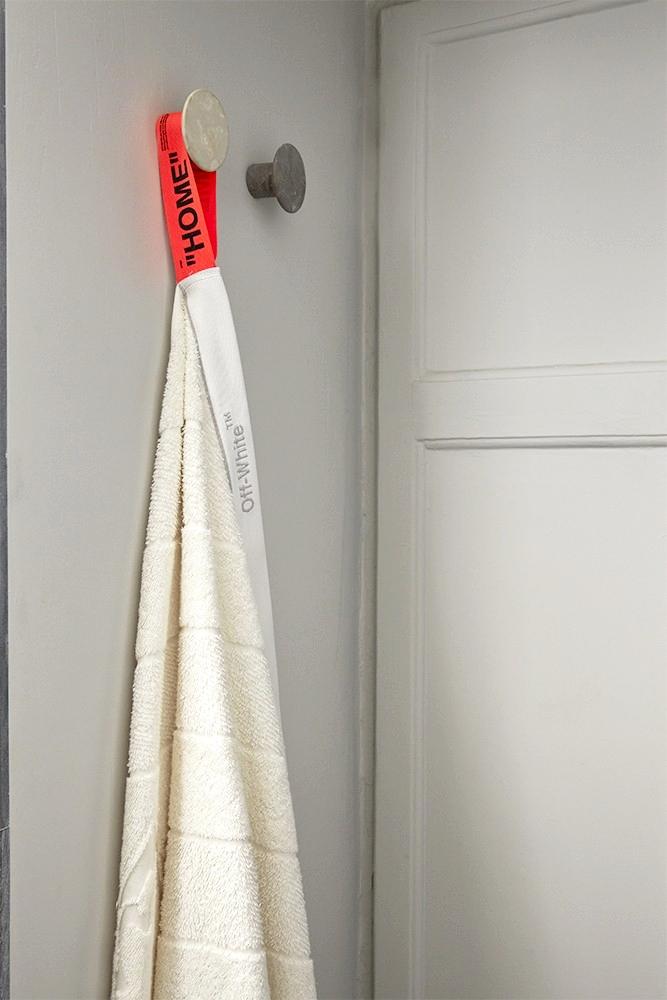 Off-White представил свою первую коллекцию товаров для дома