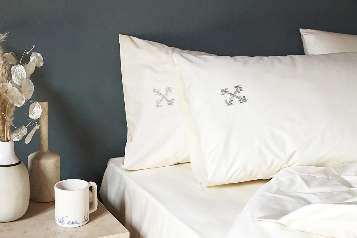 Off-White «HOME» – бренд представил свою первую коллекцию товаров для домаOff-White «HOME» – бренд представил свою первую коллекцию товаров для дома