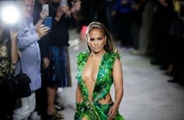 Versace Spring/Summer 2020 RTW – обзор новой коллекции