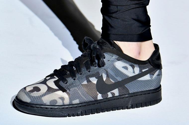 Где купить COMME des GARÇONS x Nike Dunk Low