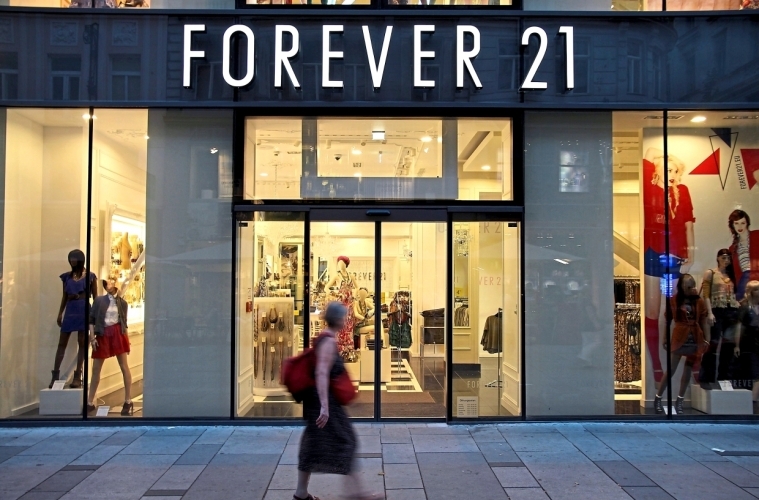 Forever 21 объявил себя банкротом