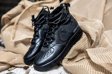 Nike Air Force 1 High Gore-Tex «Triple Black»