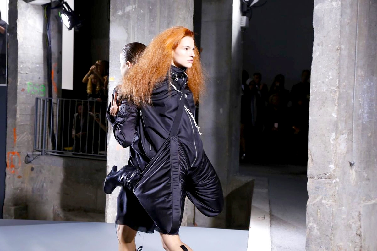 Скандальный показ Рика Оуэнса Rick Owens Spring/Summer 2016 Ready-to-Wear