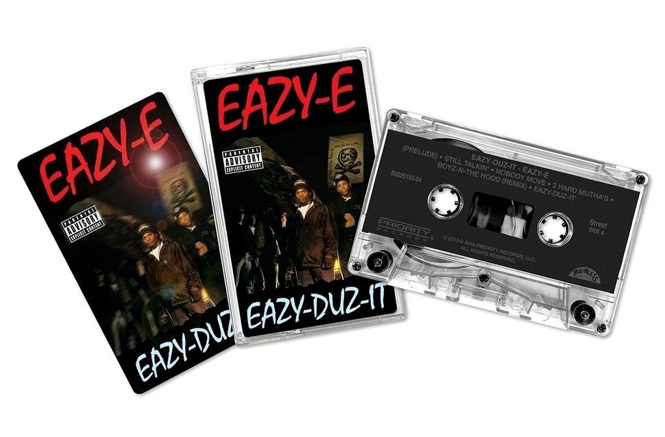 Кассета с альбомом Eazy-Duz-It