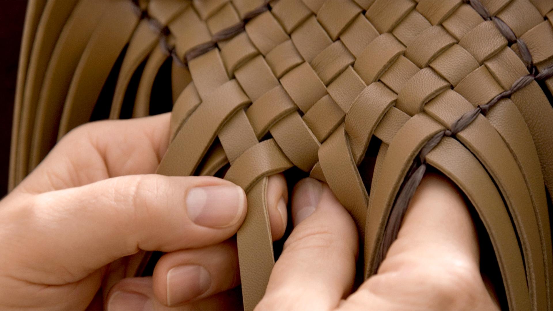 Плетение «intrecciato» — Bottega Veneta