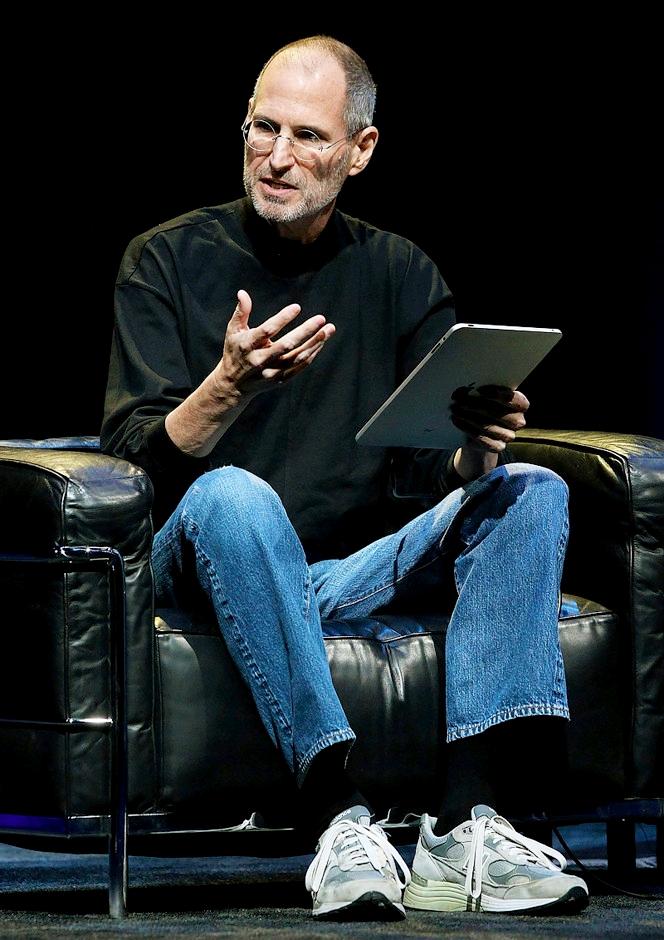 Стив Джобс в кроссовках New Balance