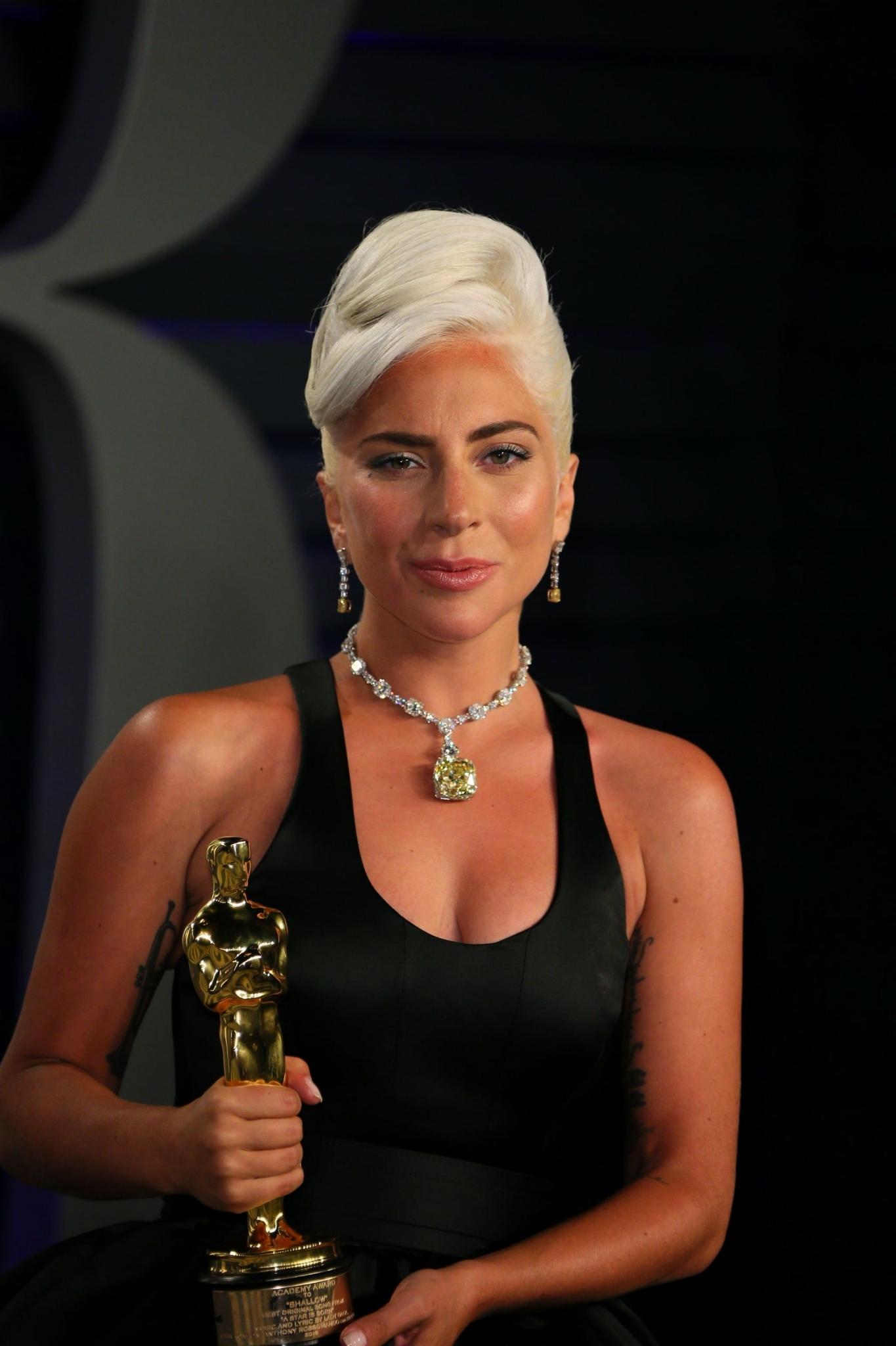 Леди Гага надела бриллиант «Тиффани» на премию Оскар-2019