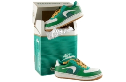 Самые скандальные кроссовки – Nike Air Menthol 10s