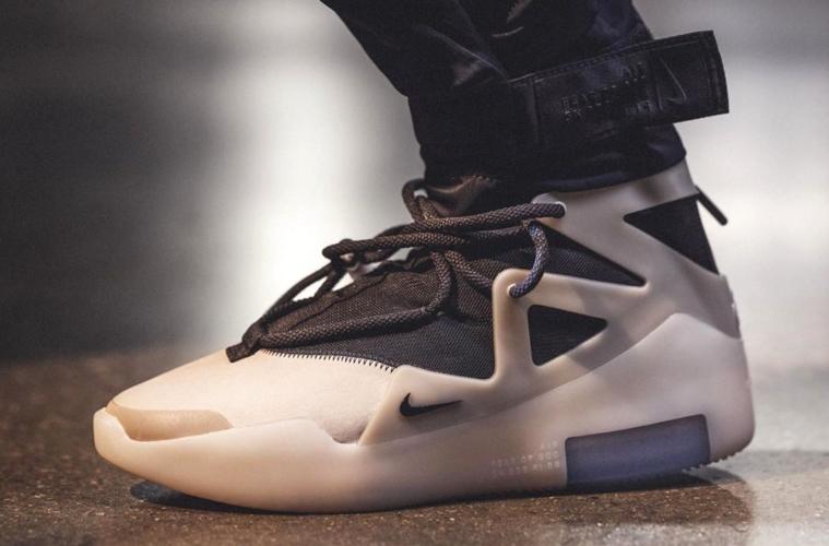 Где купить Nike Air Fear of God 1 «The Question»