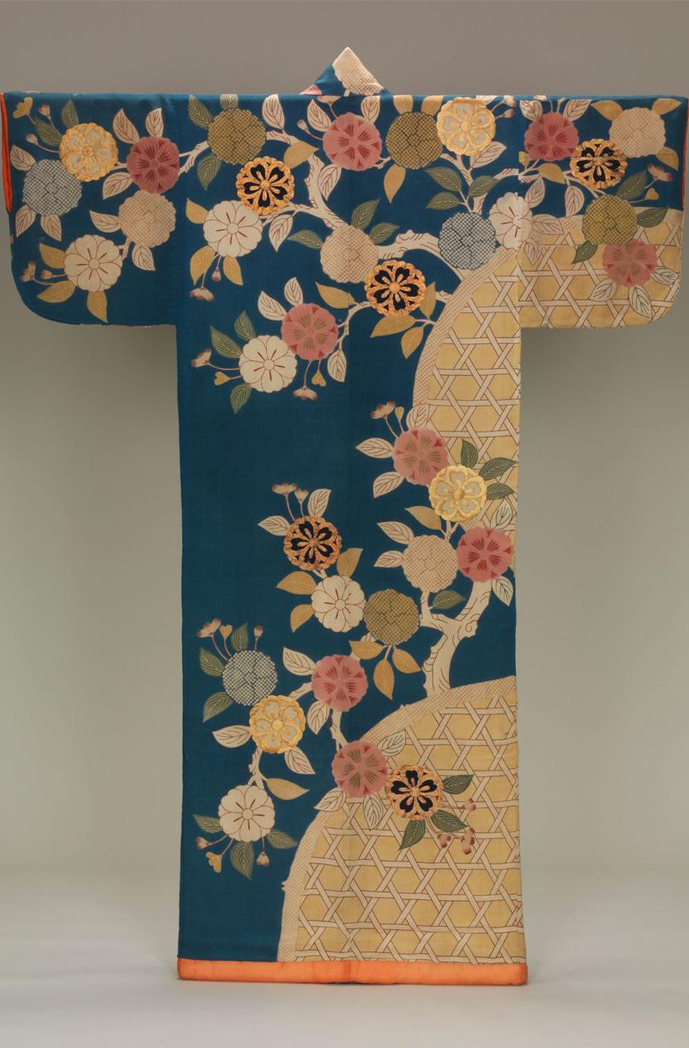 История кимоно — новая выставка в Музее Виктории и Альберта