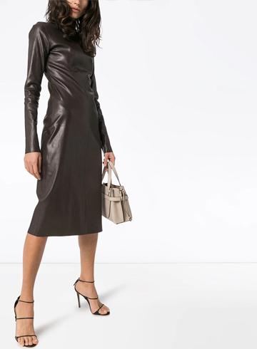 Тренды Осень-Зима 2020 кожаное платье Bottega Venetta