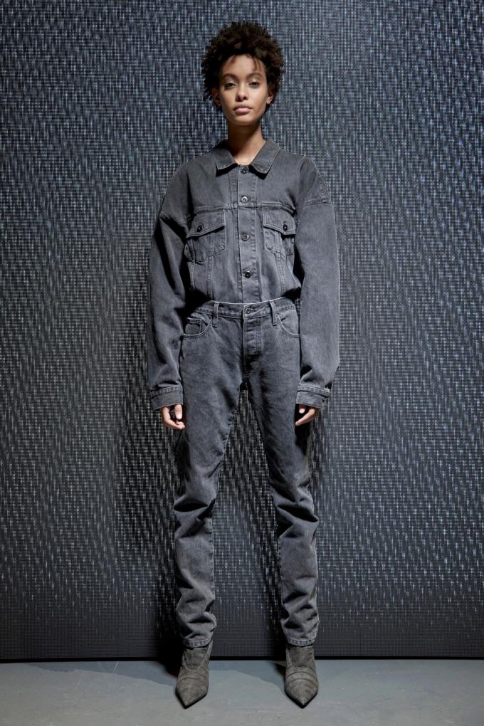 Yeezy Season 5 Fashion Show