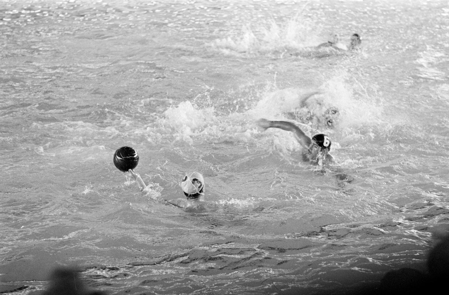 Скандалы на Олимпийских играх. Матч по водному поло «Кровь в бассейне» 1956