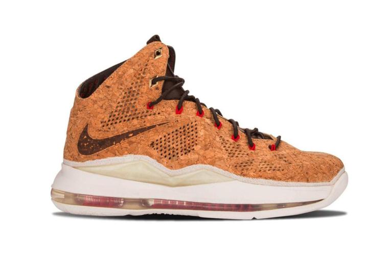 Все релизы с обратным свушем — Nike LeBron 10