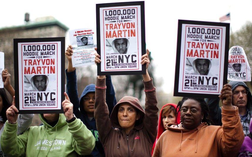 Протест «Million Hoodie March», 2012 год. История худи в статье по ссылке