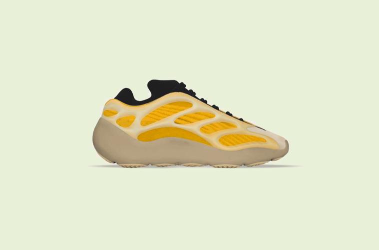 adidas Yeezy 700 V3«Safflower» — первый взгляд на новые кроссовки