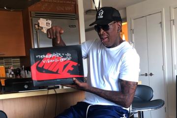 Деннис Родман получил от Вирджила Абло кастомизированные Off-White x Nike